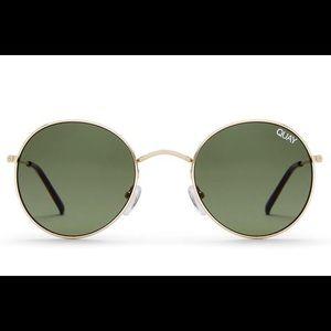 "Quay Australia ""mood star"" sunglasses"